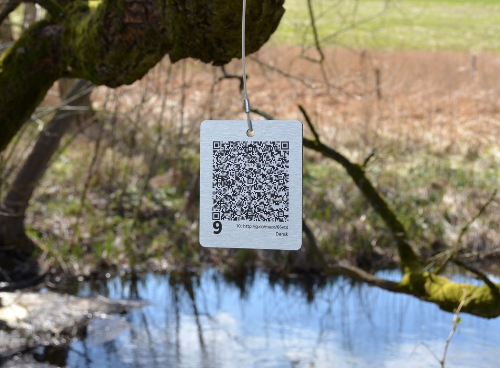 QR-tag printet p aluplade